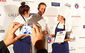 Mentor KBK Young Chef Competition winner Lyn Wells with Thomas Keller