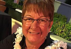 Julie Plant of the Honolulu Cookie Company